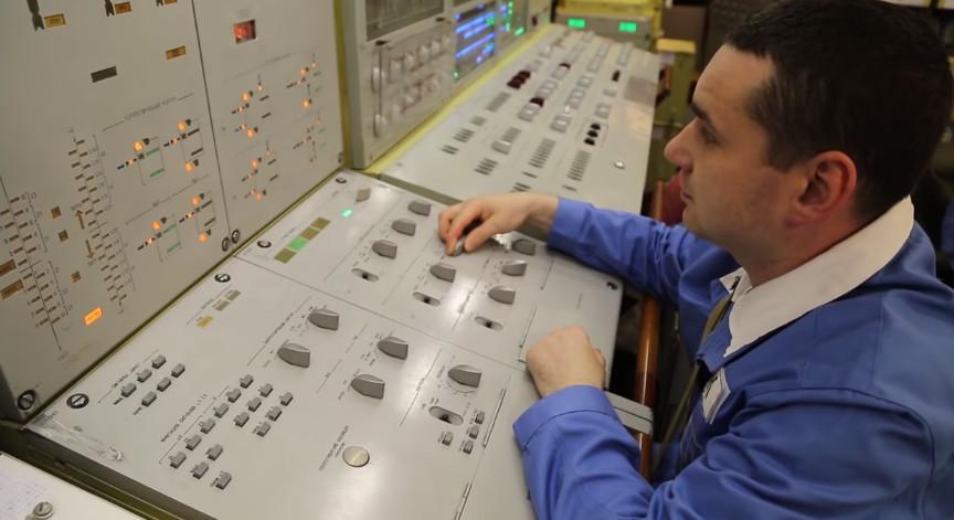 俄罗斯举行战略核力量演习 海陆空部队均参与