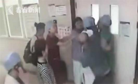 殴打医生的大学生为何采取取保候审?警方这么解释