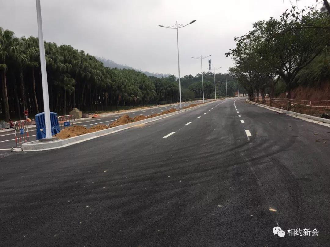 今天起,圭峰路这一段重新开通!