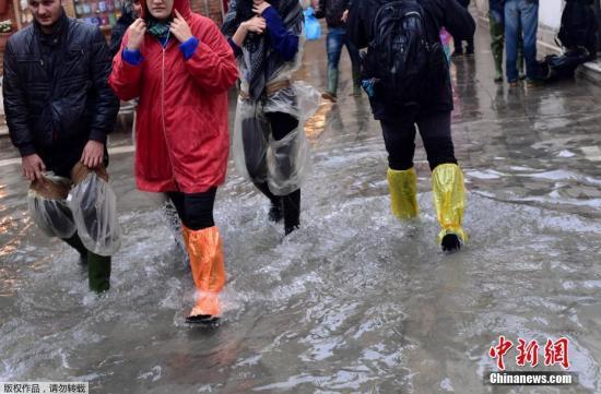 强暴风雨侵袭欧洲数万户家庭断电 意大利11人遇难