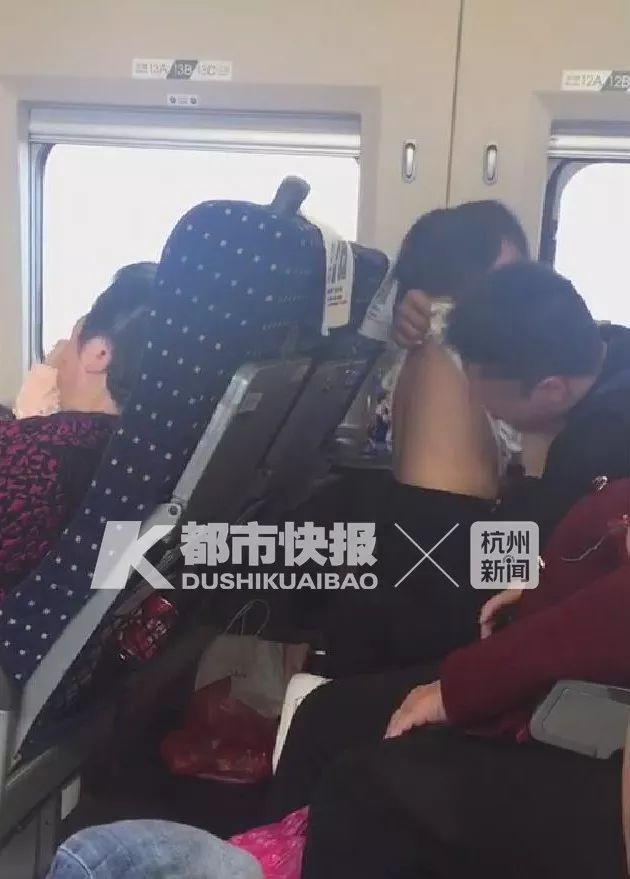 """南昌铁路公安回应""""高铁女童疑被猥亵"""":系父女,不构成猥亵"""