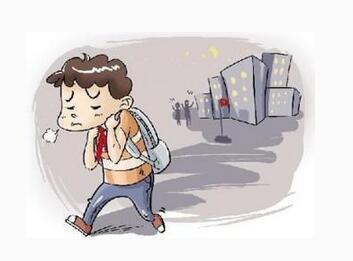 13岁少年与父亲发生矛盾 徒步数小时至高铁站