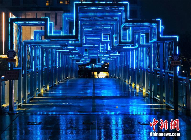 浙江宁波现多座星光桥