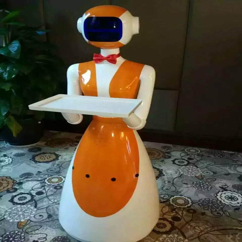 """未来酒店啥样?""""刷脸""""能开房门 机器人调酒送餐"""