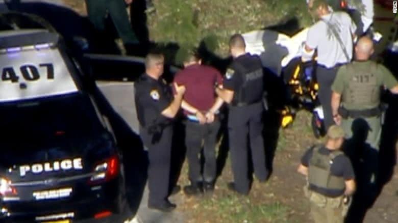 美国佛罗里达发生枪击致17死14伤 抢手已被抓获