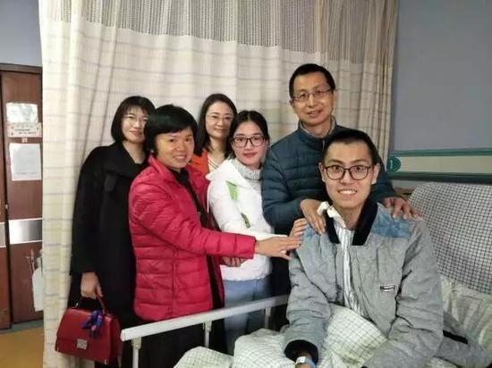 东莞创造生命奇迹!21岁实习医生心脏停跳3天后获救