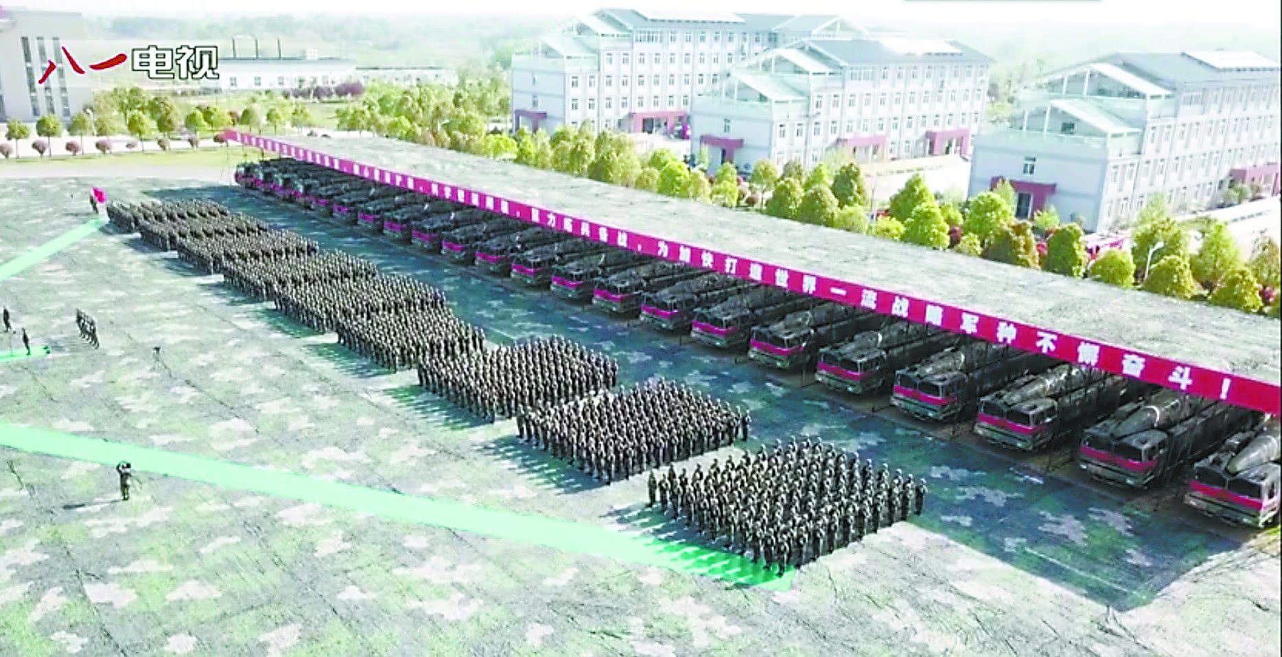 """中国新型""""航母杀手""""成建制列装 可配备核弹头世界领先"""