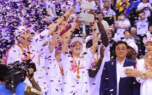 新王降临!辽宁4-0横扫广厦 队史7进总决赛首夺冠军