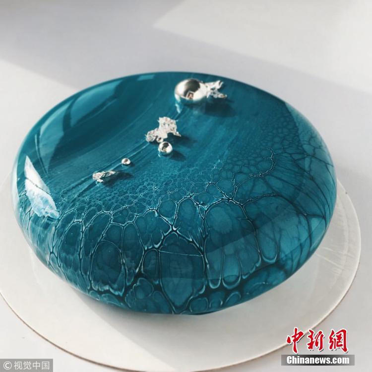 镜面蛋糕仿若精美画作