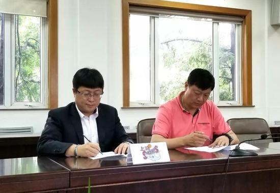 上海宣布李秋平回归 小诸葛任总教练兼一队主帅