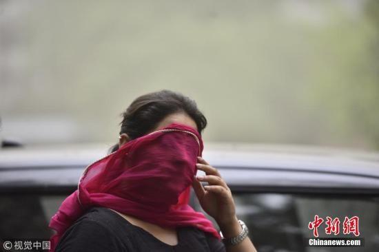 印度北部遭遇致命沙尘暴 已致116人死250多人伤