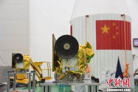 哈工大微卫星独立完成世界首例地月转移、环月飞行