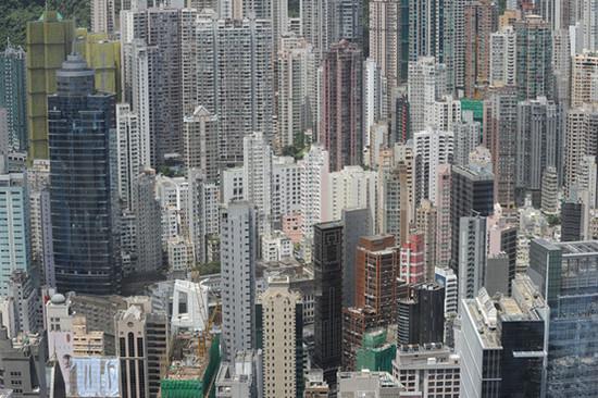香港特区政府为抑制楼价拟征空置税
