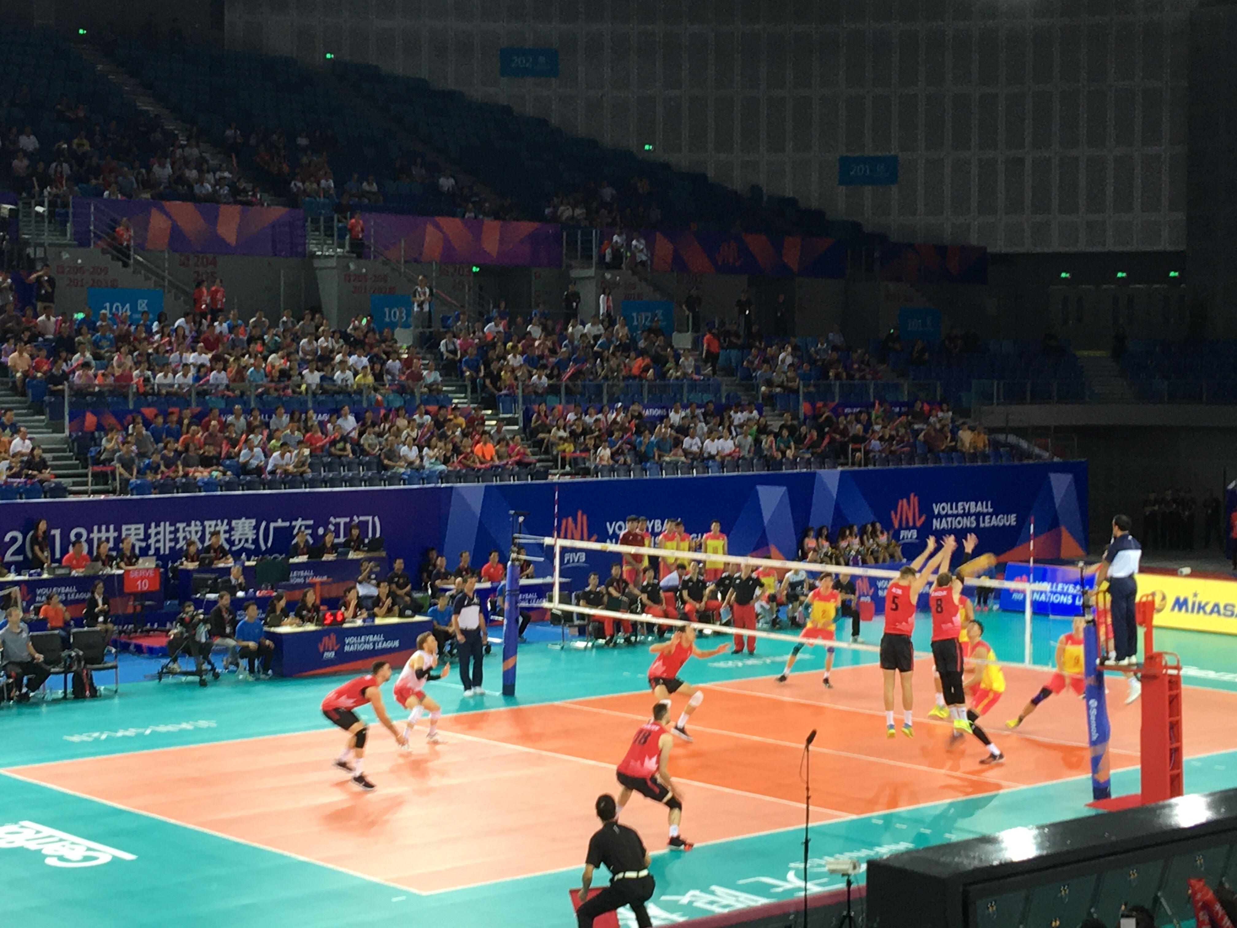 世联赛江门站:中国男排0比3不敌加拿大