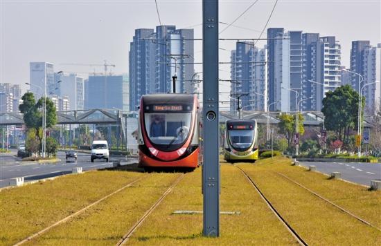 """江门地铁""""梦碎"""" 轻轨可申建 今年内将启动主城区轨道交通规划"""