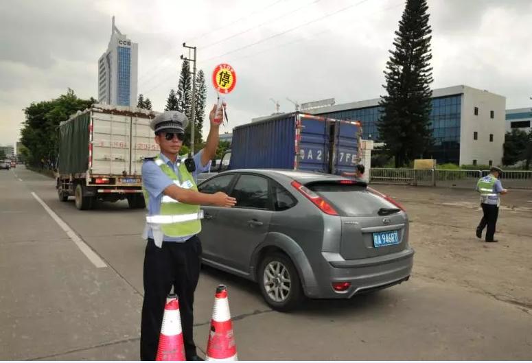 江门700警力大集结 集中整治道路交通问题