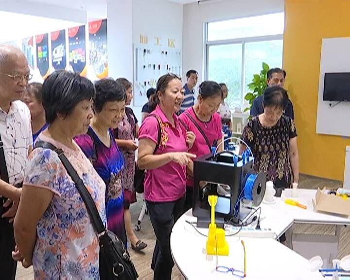 蓬江区为志愿楼长服务队开启文明体验之旅