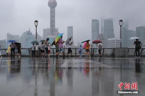 """台风""""摩羯""""今登陆浙江 上海或有7至8级大风"""