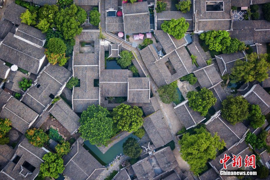 航拍无锡惠山古镇