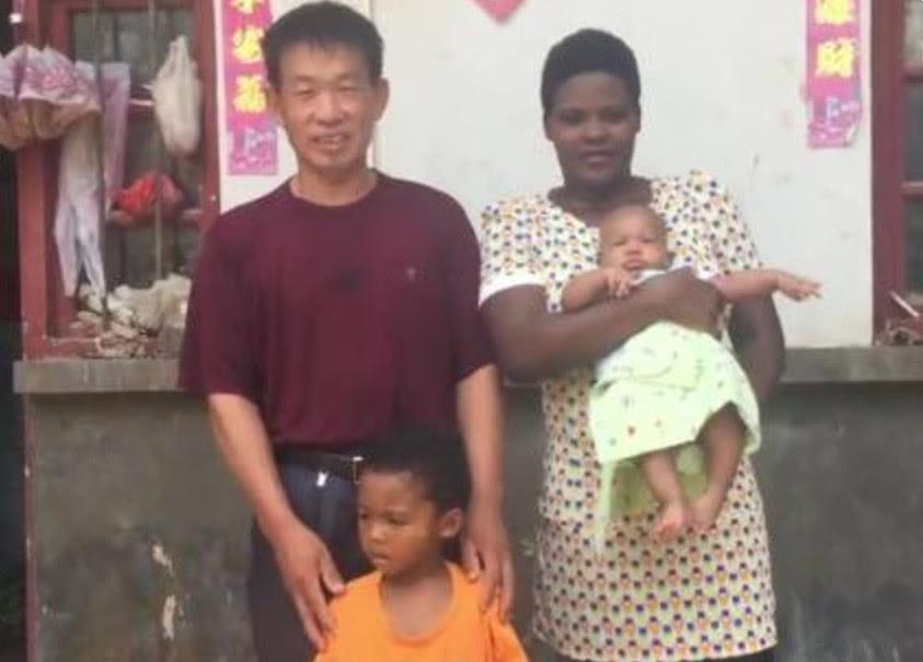 40岁河南农民娶25岁非洲女孩 恋爱全靠手势