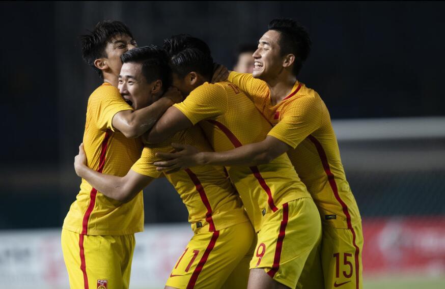 亚运-韦世豪传射张玉宁破门 U23国足3-0叙利亚出线