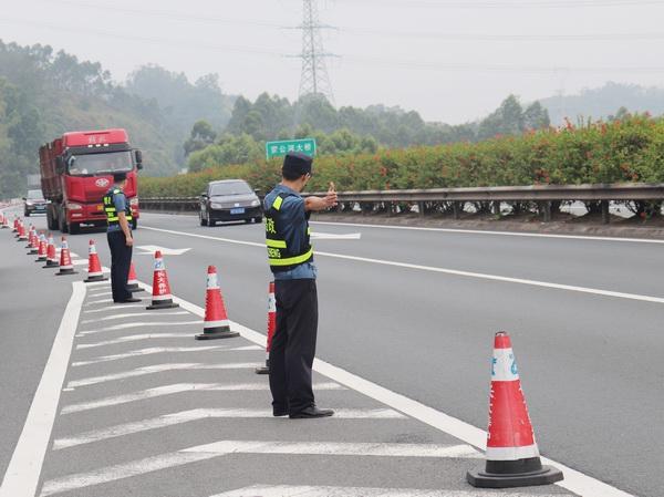 粤赣高速两个休息区20日起封闭施工 司乘人员请规划好休息地点