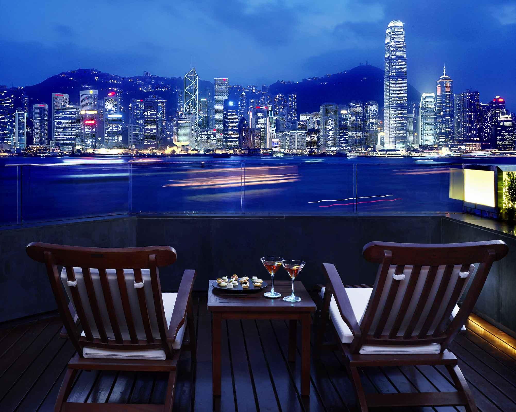 综述:内地游客数量大增 香港继续发力吸客