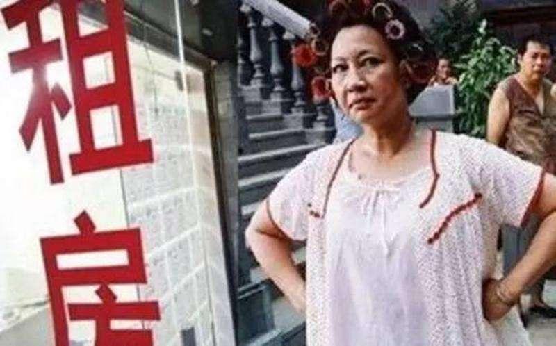 房租男子报警称丢50万港币模型 房东被拘