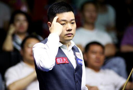 上海赛丁俊晖险遭逆转 6-5力克塞尔比跻身四强