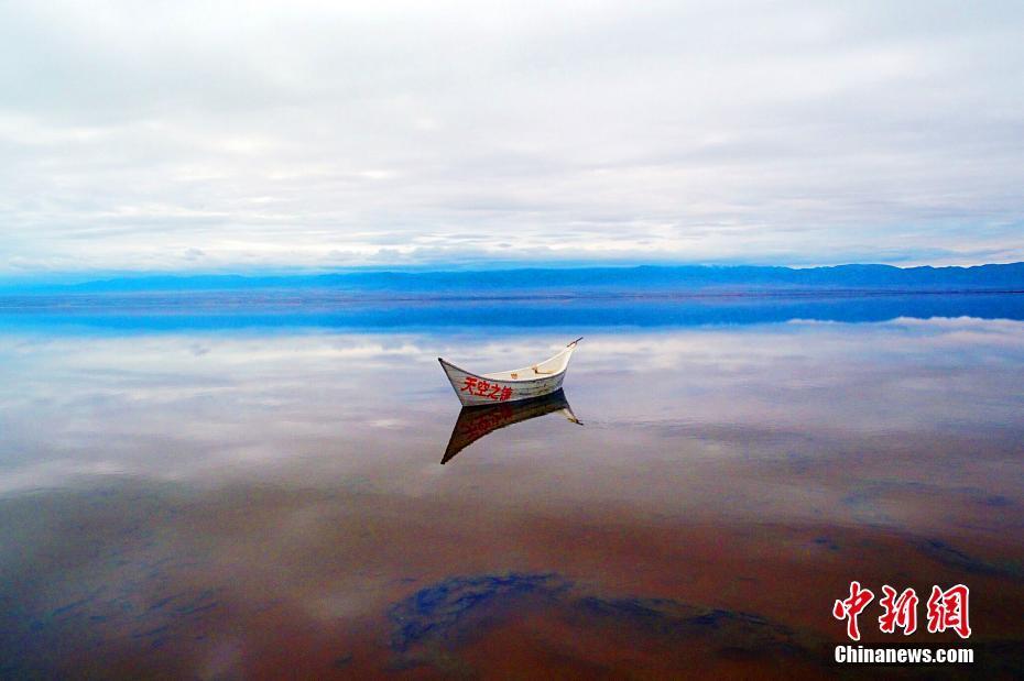 青海天空之镜美妙绝伦