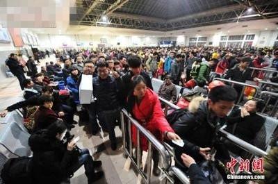 深圳火车站春节前加开21趟临客列车