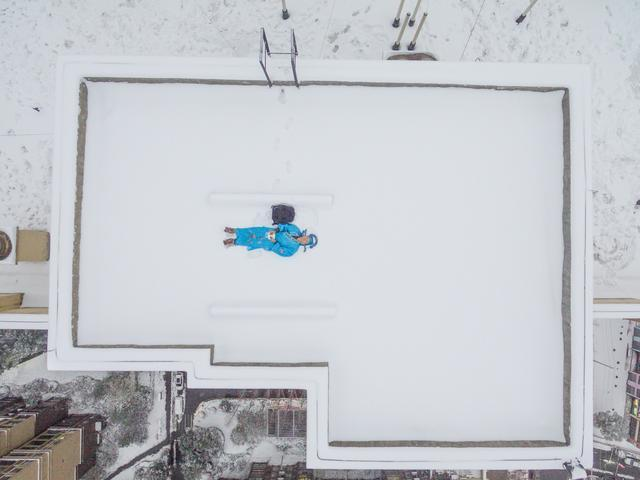 无人机拍雪景是否安全?业内人士:坠落风险大