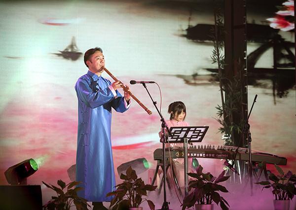 """""""箫和天下""""首届天台山·中国箫文化节举办"""