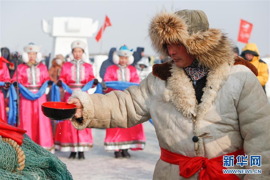 内蒙古达里诺尔湖冬捕旅游热