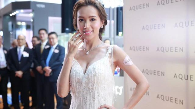 "TVB力捧花旦紧张到掉头发:第一次和""送水辉""合作就要亲吻!"