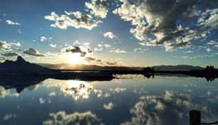 茶卡盐湖:网红景点的致富经