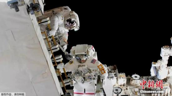 全女性宇航员太空行走将于18日进行