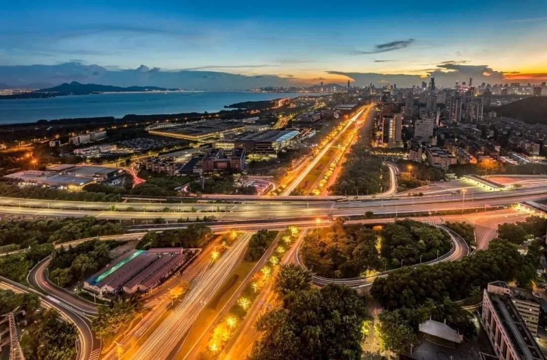 2035年深圳到粵港澳大灣區核心城市核心區實現半小時直達