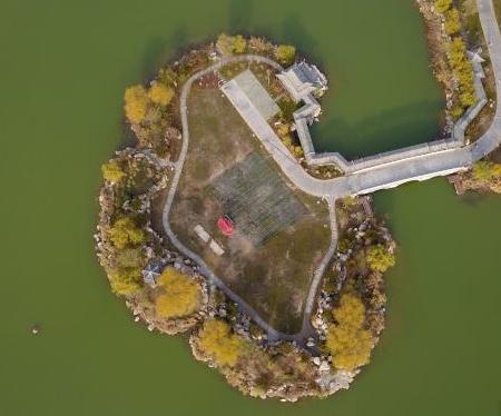 鳥瞰銀川城在湖中城更美