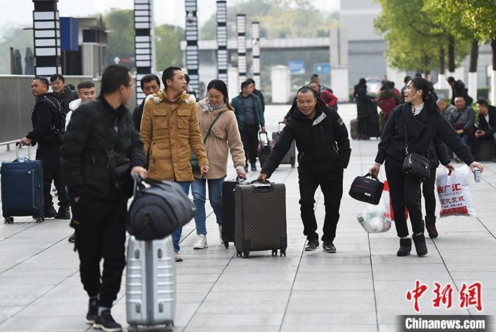 2020年春運中國鐵路預計發送旅客4.4億人次