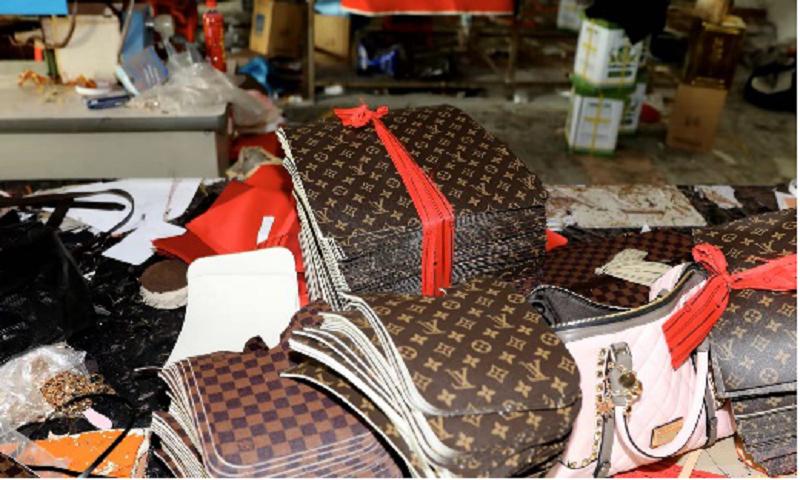 涉案金额超2.6亿!上海捣毁多个制售假冒奢侈品团伙