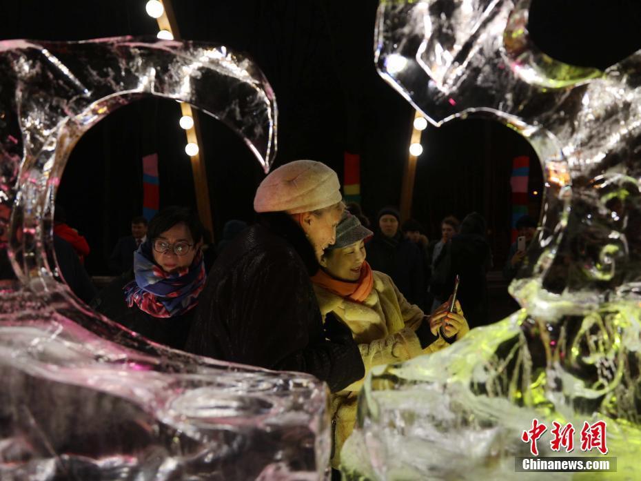 中國哈爾濱冰雕藝術展在莫斯科開幕