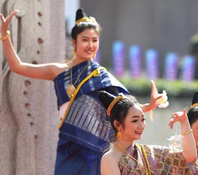 """2019年""""中国-老挝旅游年""""文化艺术节在昆明开幕"""