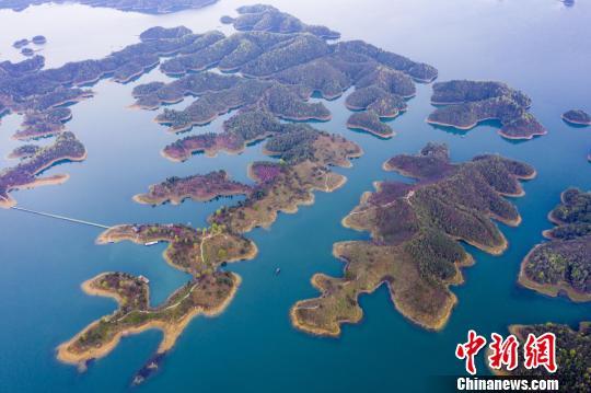 春日俯瞰江西千岛湖