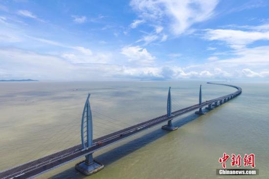 """""""澳门新八景""""命名完成 港珠澳大桥取名""""桥牵三地"""""""