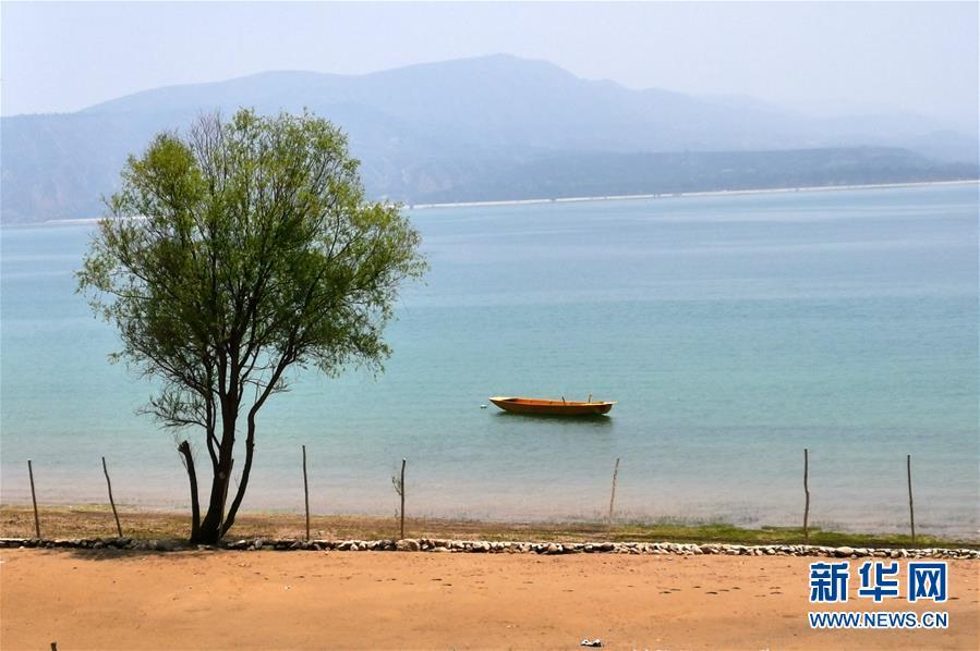甘肃:黄河三峡风景如画