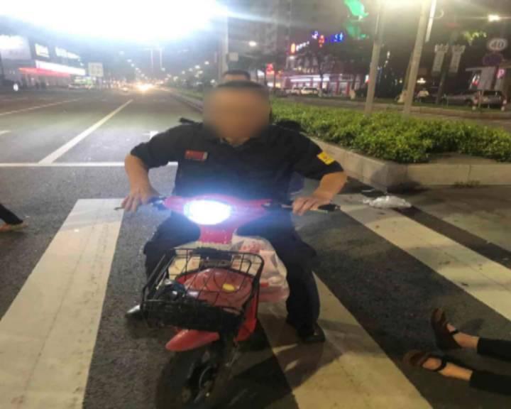 鹤山一男子撞倒行人并逃逸 警民合力迅速抓获