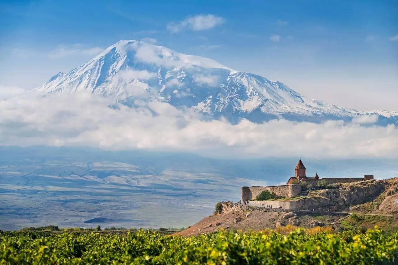 中国与亚美尼亚签署互免签证协定