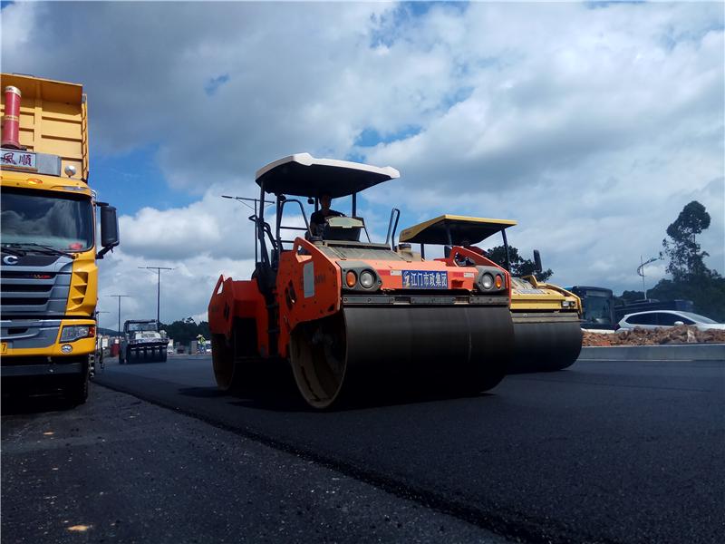 江門大道至建設三路路段拓寬至雙向12車道 本月底主線通車