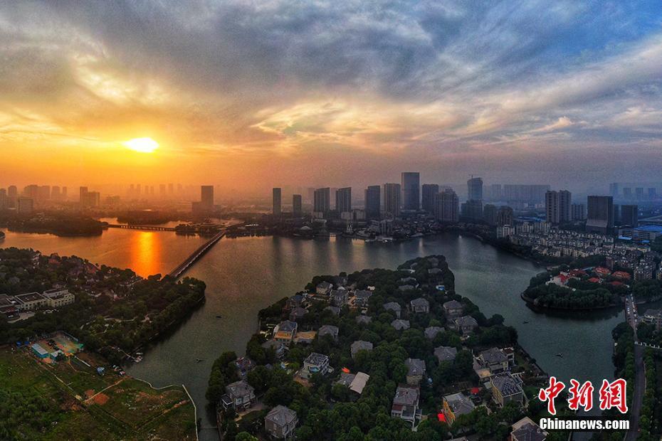航拍南京江宁百 嗡家湖的静谧清晨